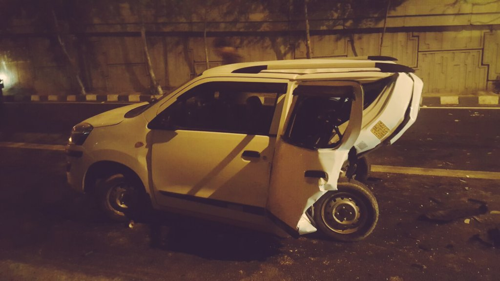 Uber driver dies as BMW car rams into cab