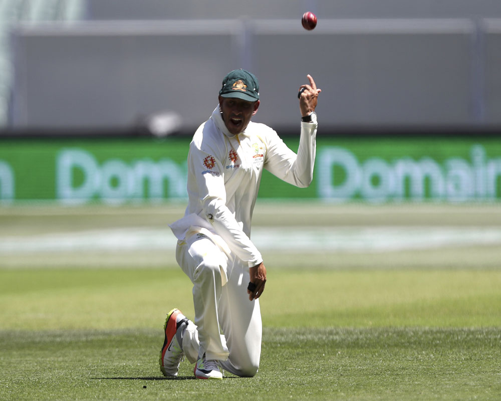 1st Test: India 56/4 at lunch vs Australia on Day One