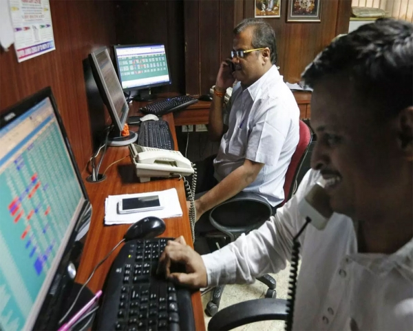 Investors poorer by Rs 8.5 lakh cr as mkt turmoil continues for 5th day
