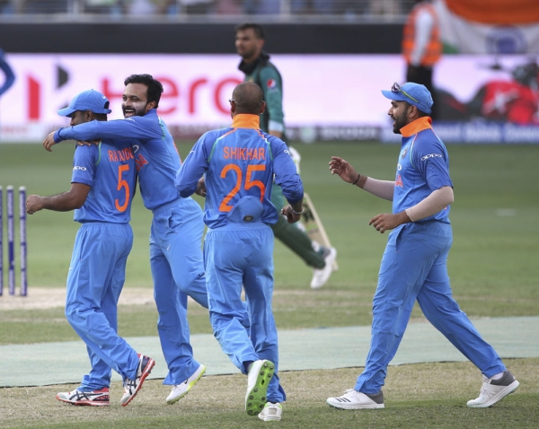 Pakistan 162 all out against India