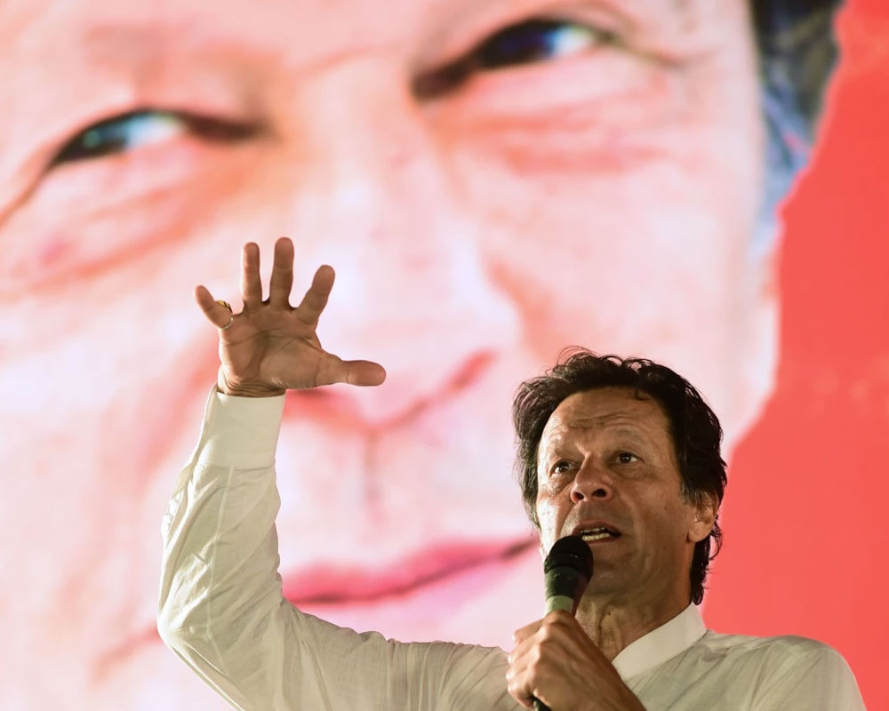 Imran Khan calls for dialogue to resolve Kashmir issue