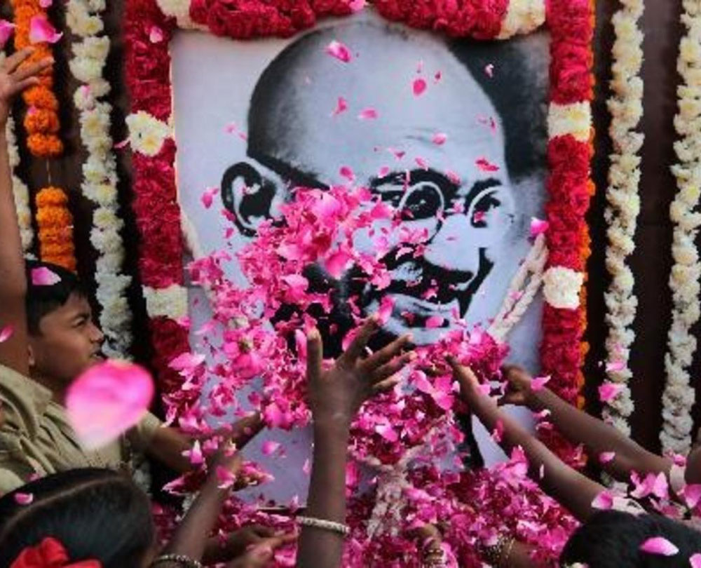 Mahatma's 150th birth anniversary: 'Incredible India' logo to include words 'The land of Gandhi'