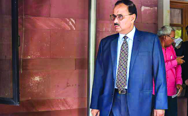 No clean chit to Verma; SC seeks reply in 3 days