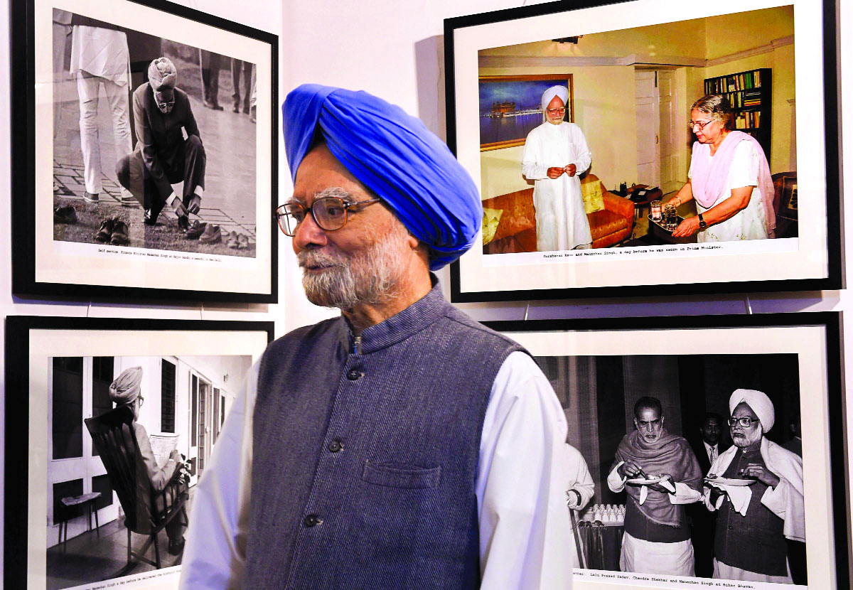 Scars and wounds getting more visible with time: Manmohan