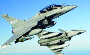 Rafale cocktail continues to fox us