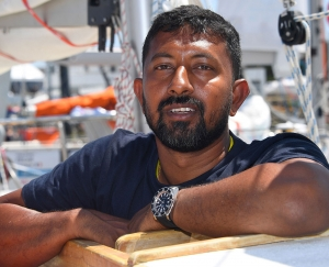 Injured Navy Commander Abhilash Tomy to be picked up by French vessel in next 16 hours: Def Min