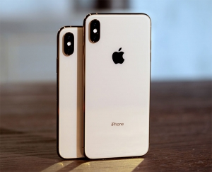 iPhone XS Max outdoes XS in early sales