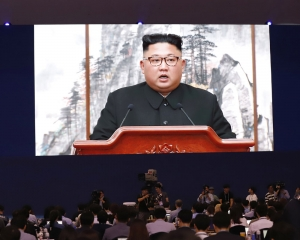 Kim agrees to dismantle main nuke site if US takes steps too