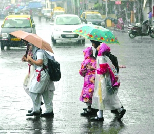 Monsoon stays put in mixed blessing