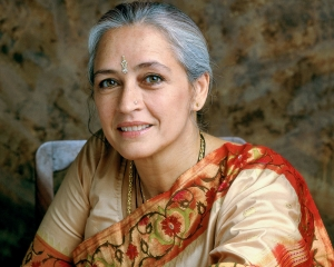 Nafisa Ali suffering from peritoneal, ovarian cancer