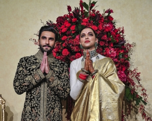 Ranveer, Deepika colour-coordinate for Bengaluru reception again