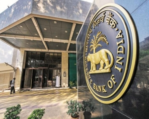 RBI rate decision, macro data, global cues to set stock market trend: Experts