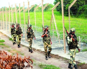 Restrict phone use at night to avoid snipers: Army to jawans
