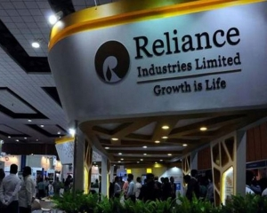 RIL to buy majority stakes in Den Networks, Hathway Cable for Rs 5,230 cr
