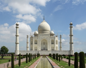 SC extends deadline till Nov 15 for UP govt to submit vision document  on protection of Taj Mahal
