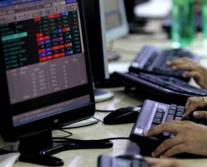 Stock investors lose Rs 2.72 lakh cr in two days of market fall