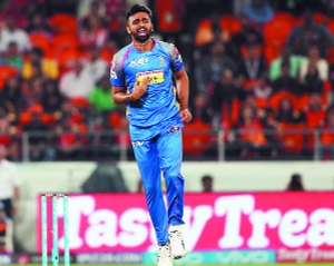 Uncapped Varun fetches big money at IPL auction, Yuvraj finds a buyer at last