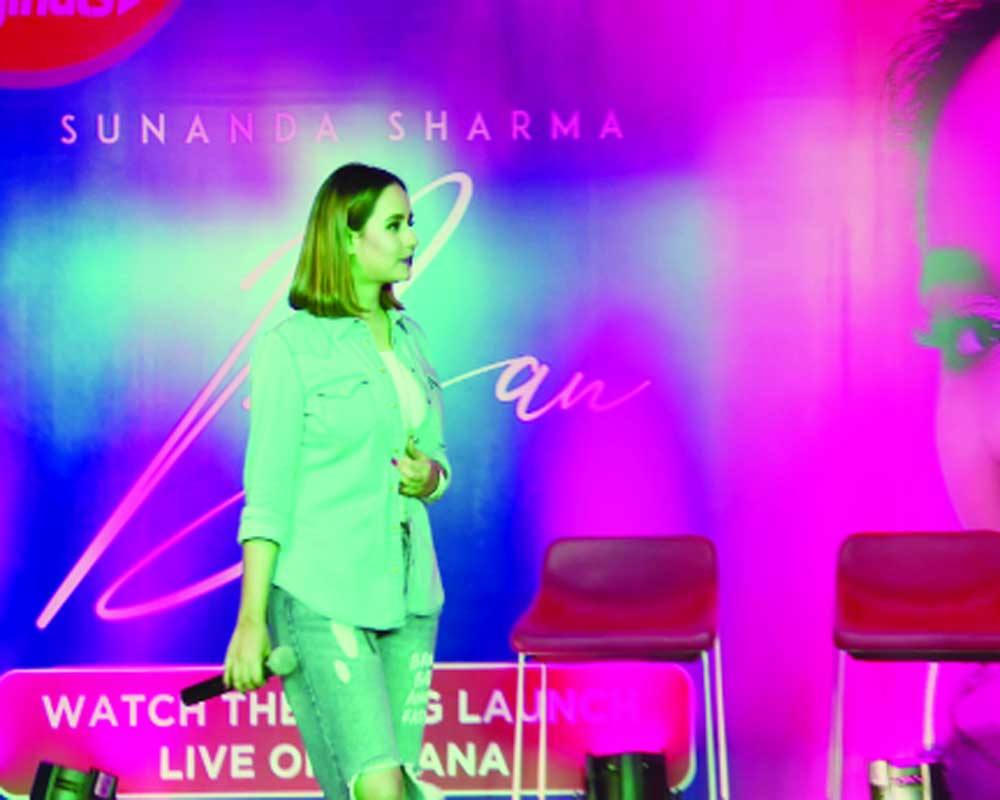 'It is tough to be untrained performer'