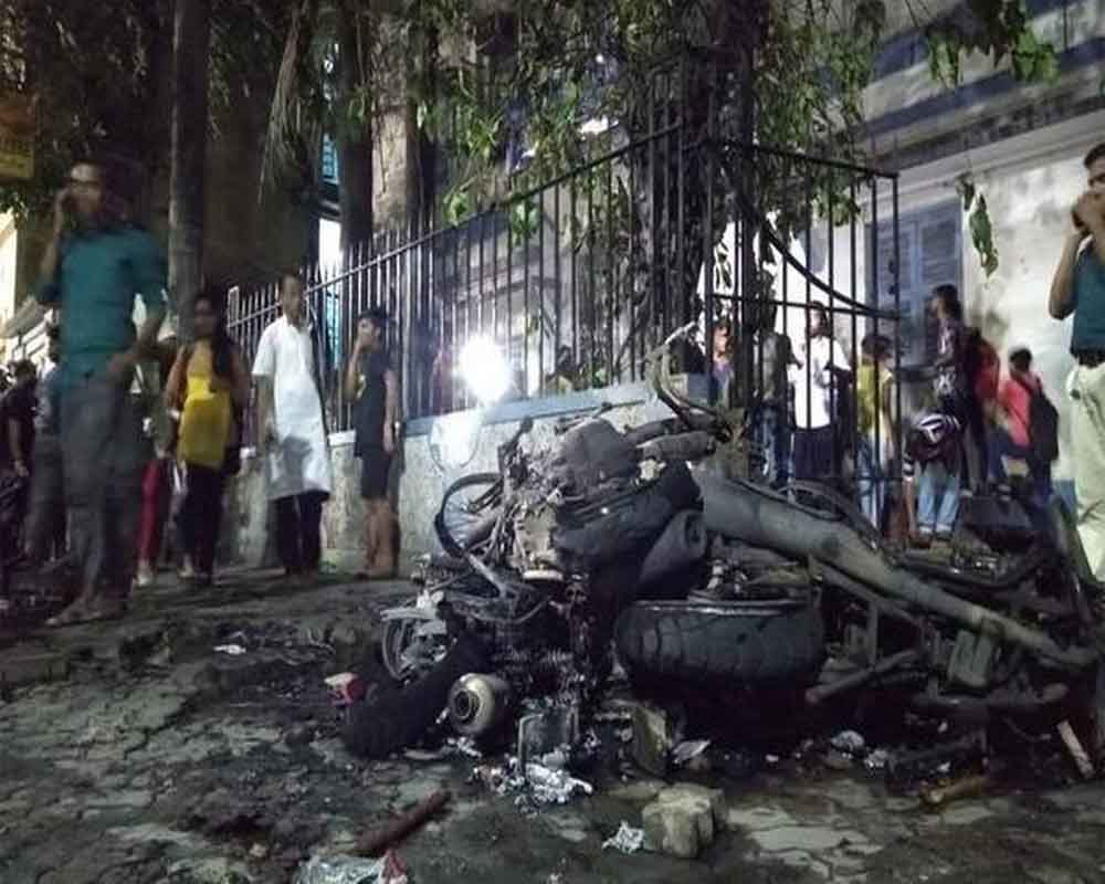 'BJP goons' damaged Vidyasagar's statue, will submit video proof to EC: TMC