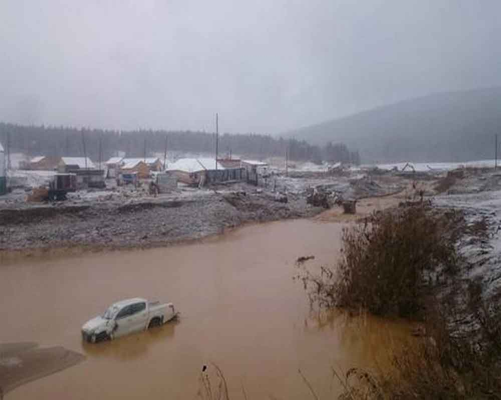 15 die in dam collapse at Siberian gold mine
