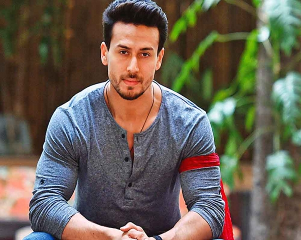 'Student of the Year' an escapist film, don't come with thinking caps: Tiger Shroff