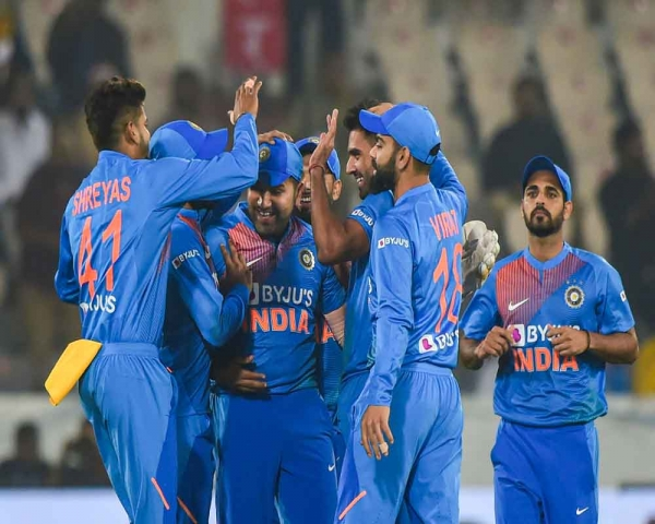 India beat Windies by six wickets in first T20I against India