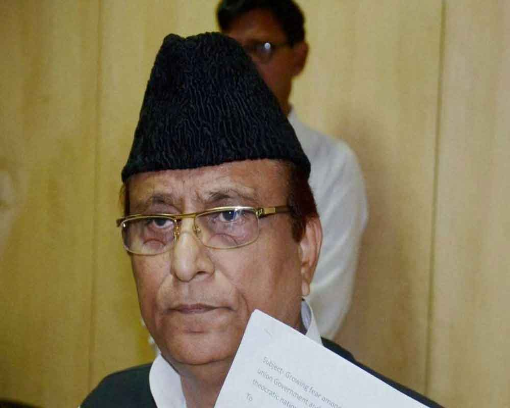Aazam Khan stokes controversy with makes