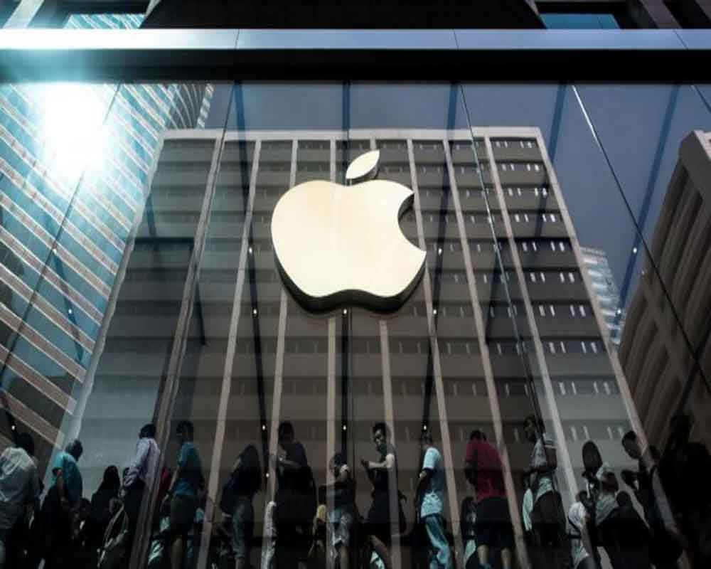 Apple takes on Netflix with USD 5-a-month streaming service