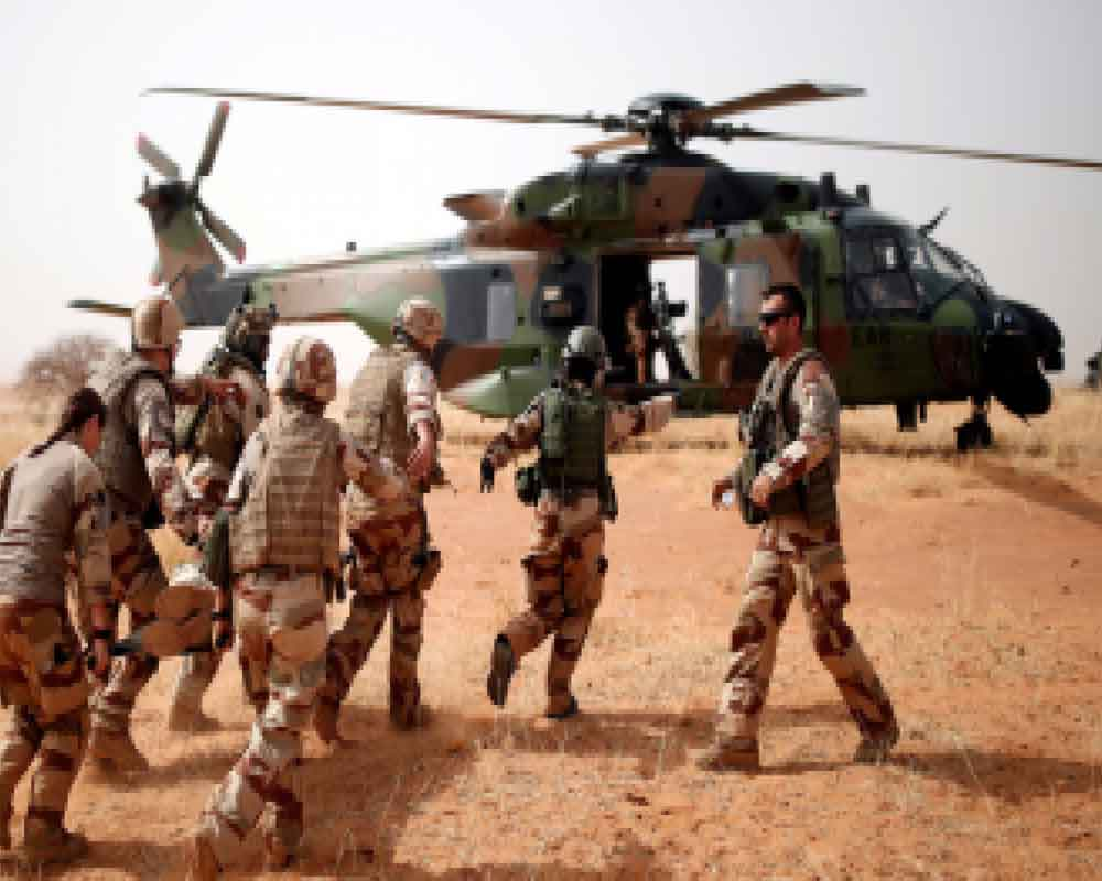 Car bomb wounds three troops at French, UN army base in Mali: official
