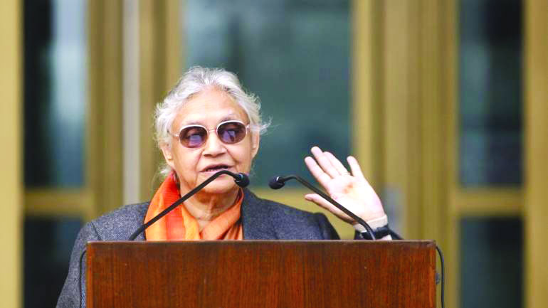 Cong game for AAP tie-up! Sheila upset