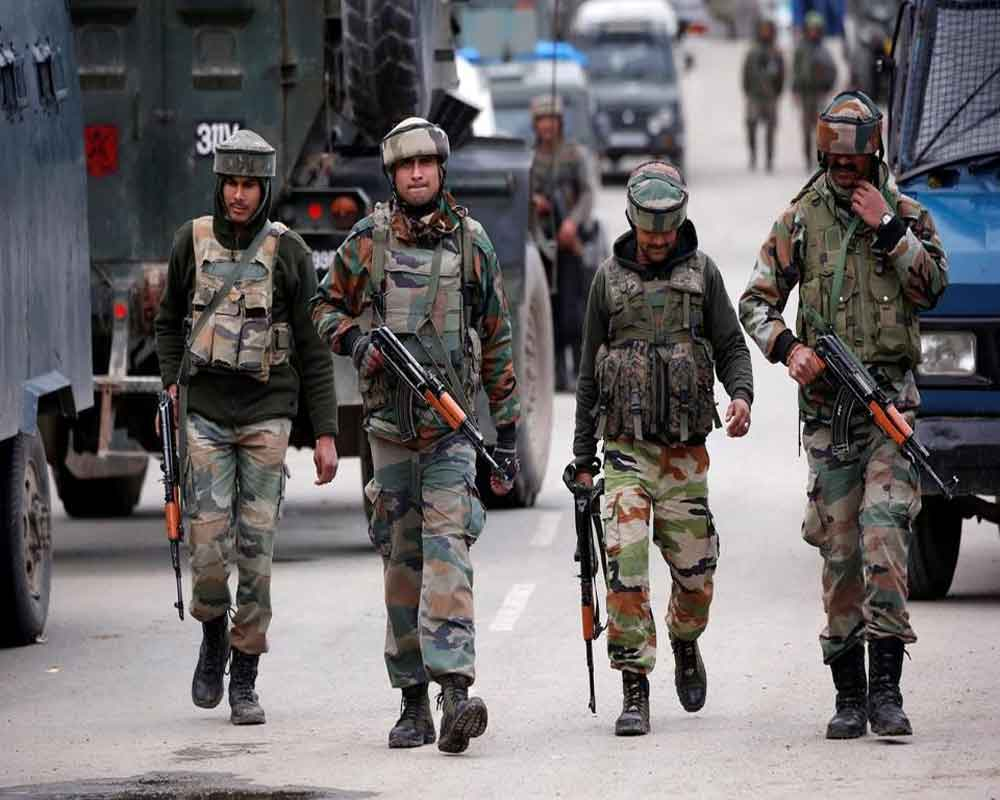 Curfew imposed in parts of Kashmir, educational institutes shut following Tral encounter