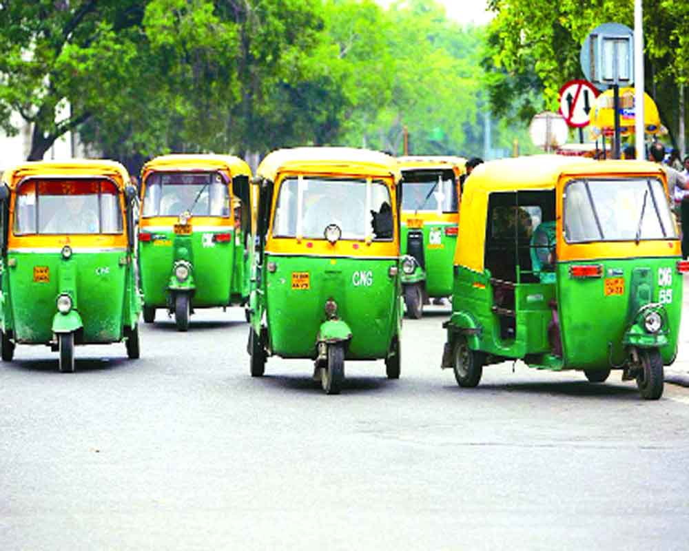 Delhi Govt hikes auto fare by 19%