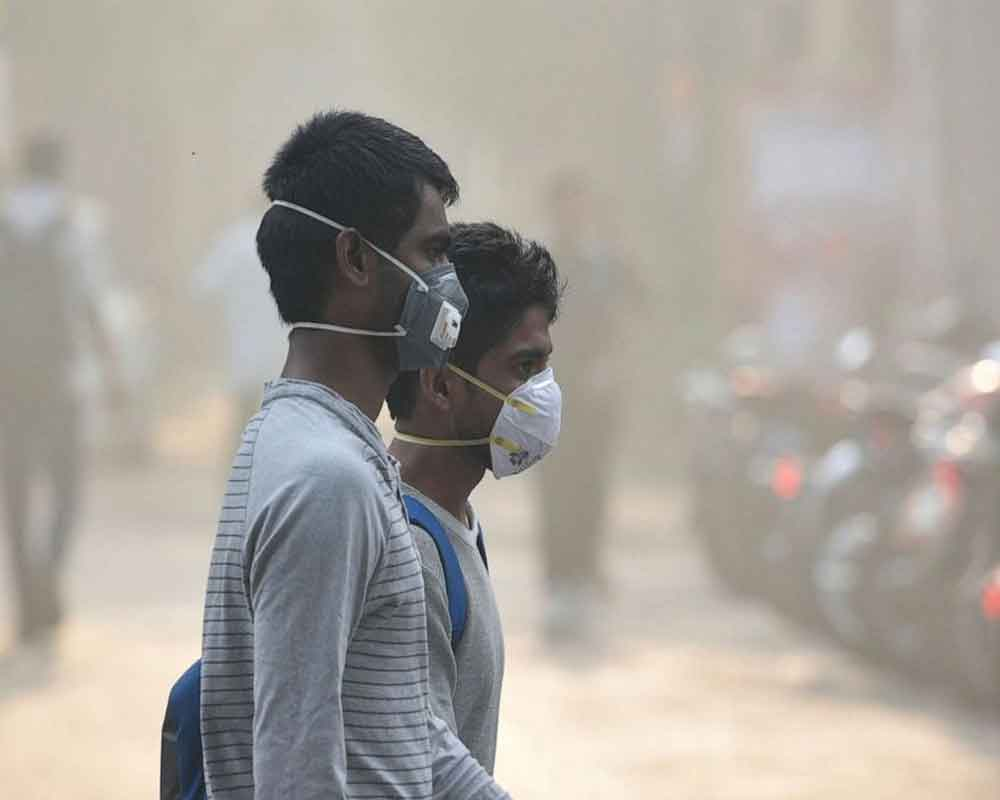Delhi overall AQI worsens to 528 on Friday morning