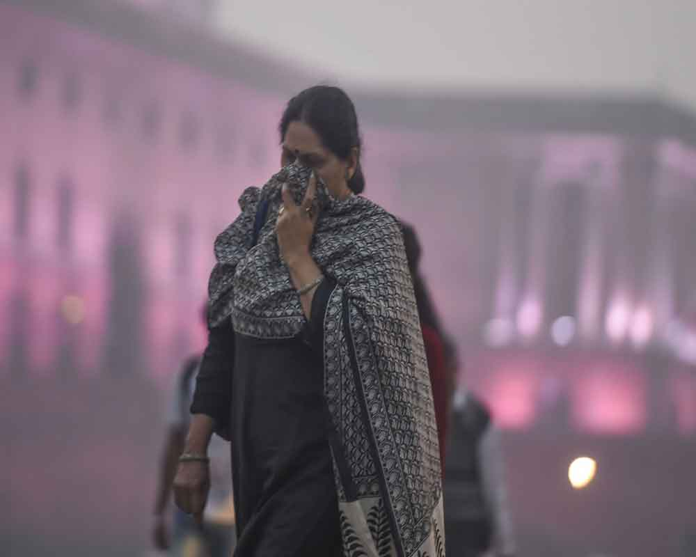 Delhi schools to be closed on Thursday, Friday as air quality deteriorates