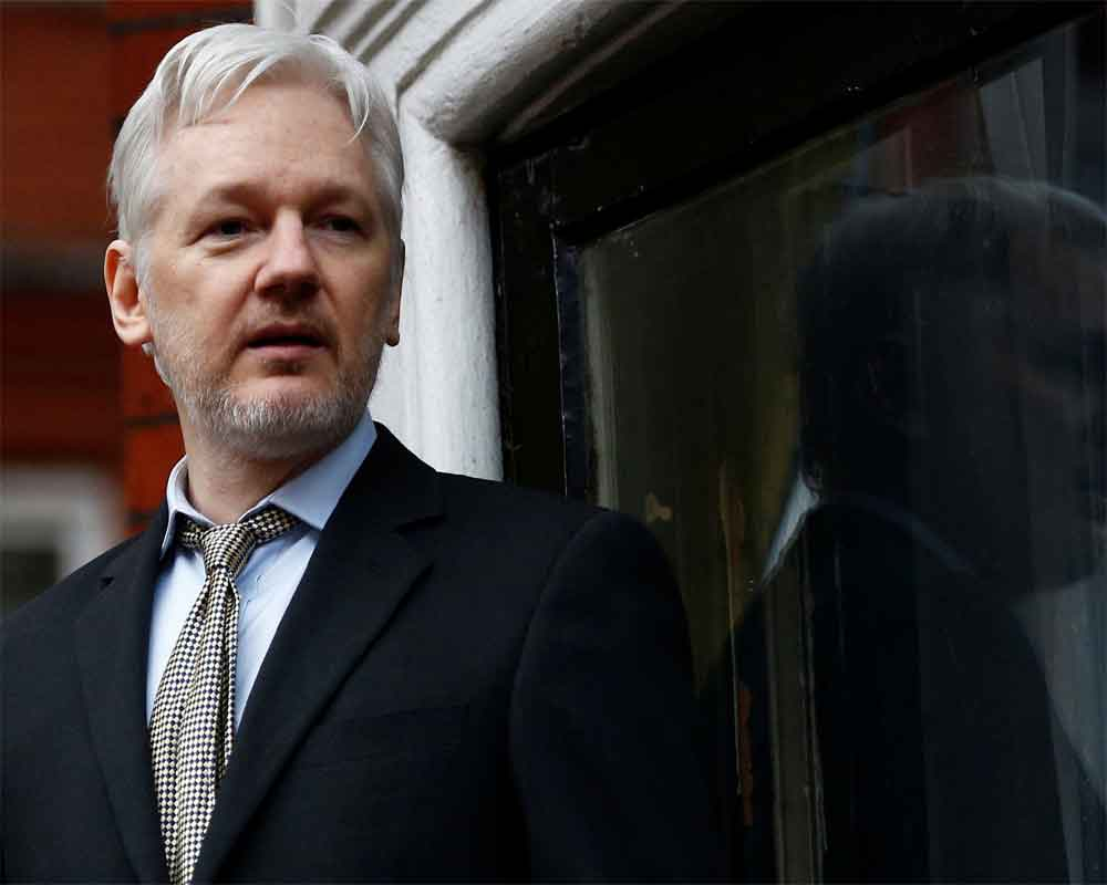 Ecuador court orders release of Swede linked to Assange
