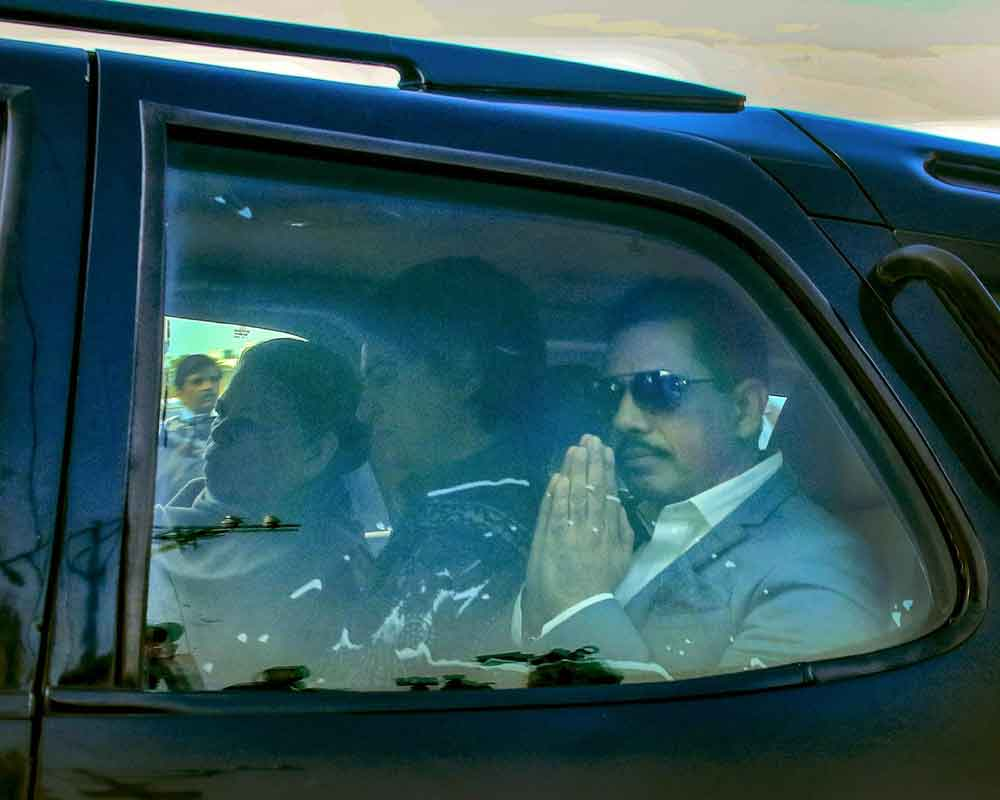 ED attaches Rs 4.62 crore of assets of Vadra company