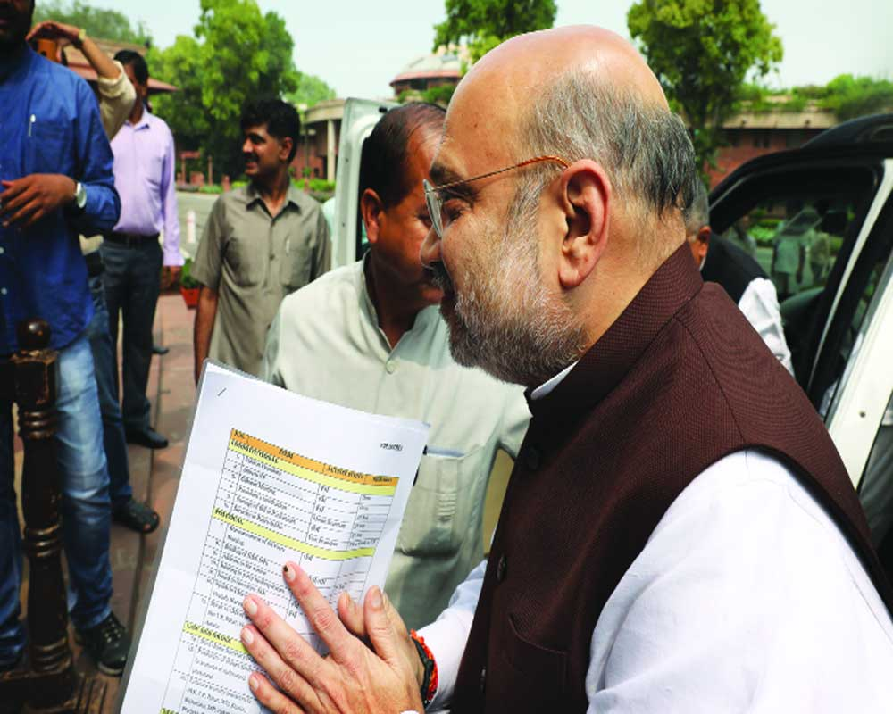 End of two flags, two Constitutions: Shah