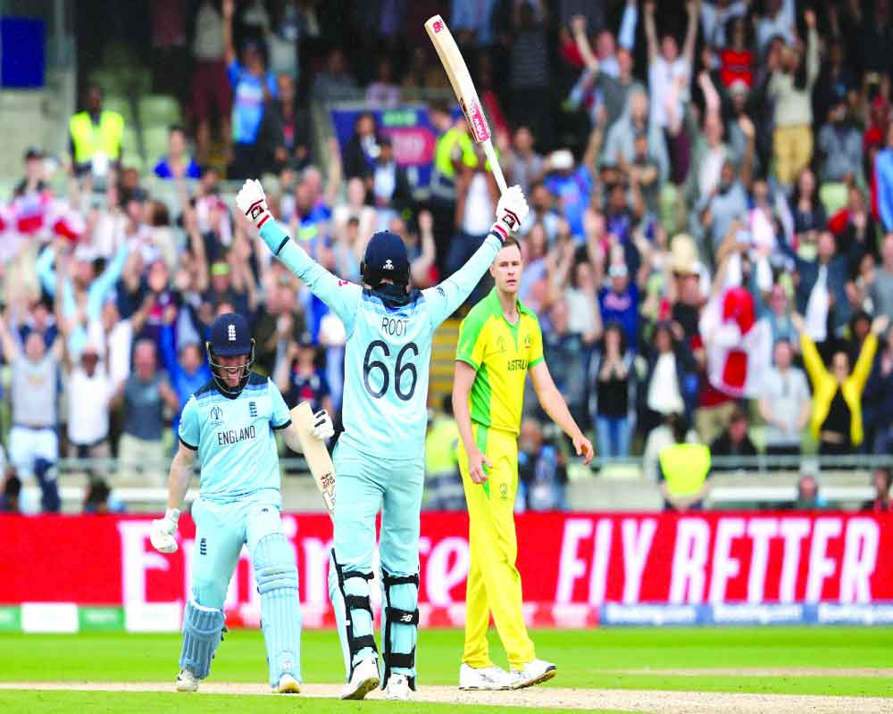 England reach final after 27 yrs