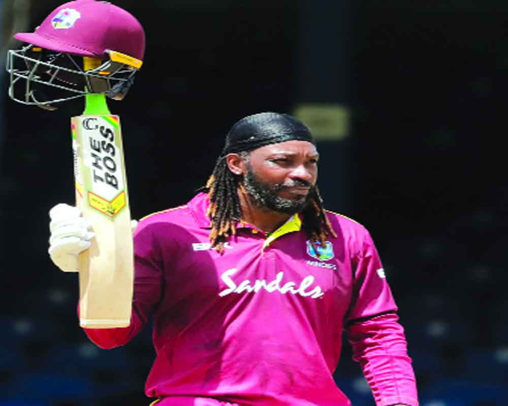 Gayle shines before showers arrive