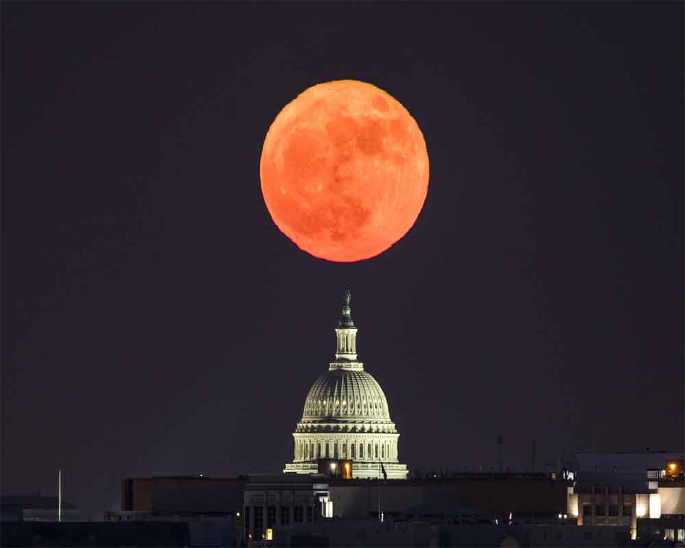 Get Ready For Total Lunar Eclipse Supermoon On Sunday Evening