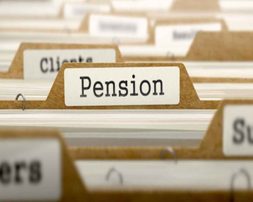 Govt hikes gratuity limit to Rs 30 lakh; announces Mega Pension Scheme