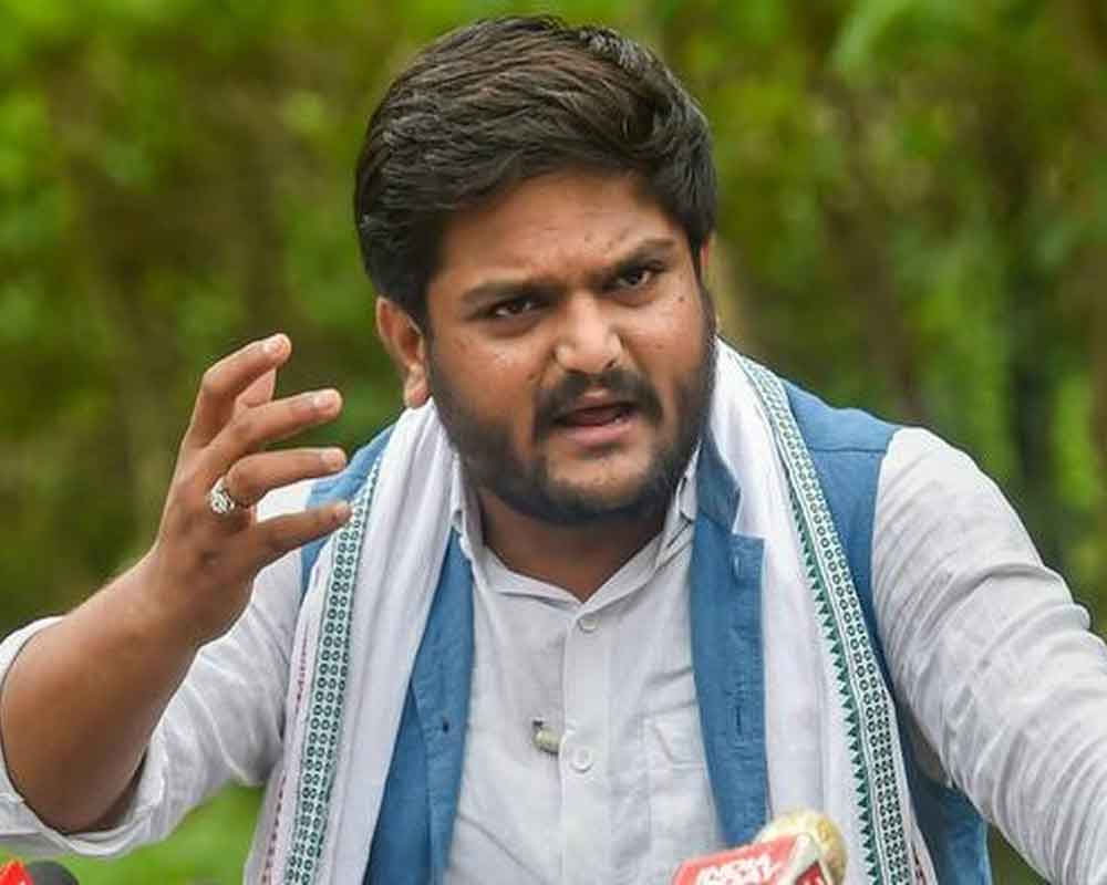Hardik, 2 Cong MLAs detained on way to meet sacked IPS