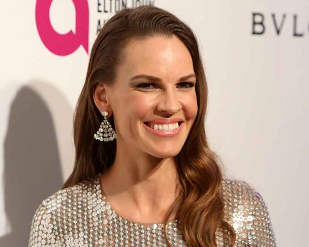 Hilary Swank set to star in 'The Hunt'