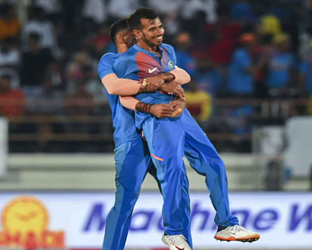 Indian bowlers restrict Bangladesh to 153-6