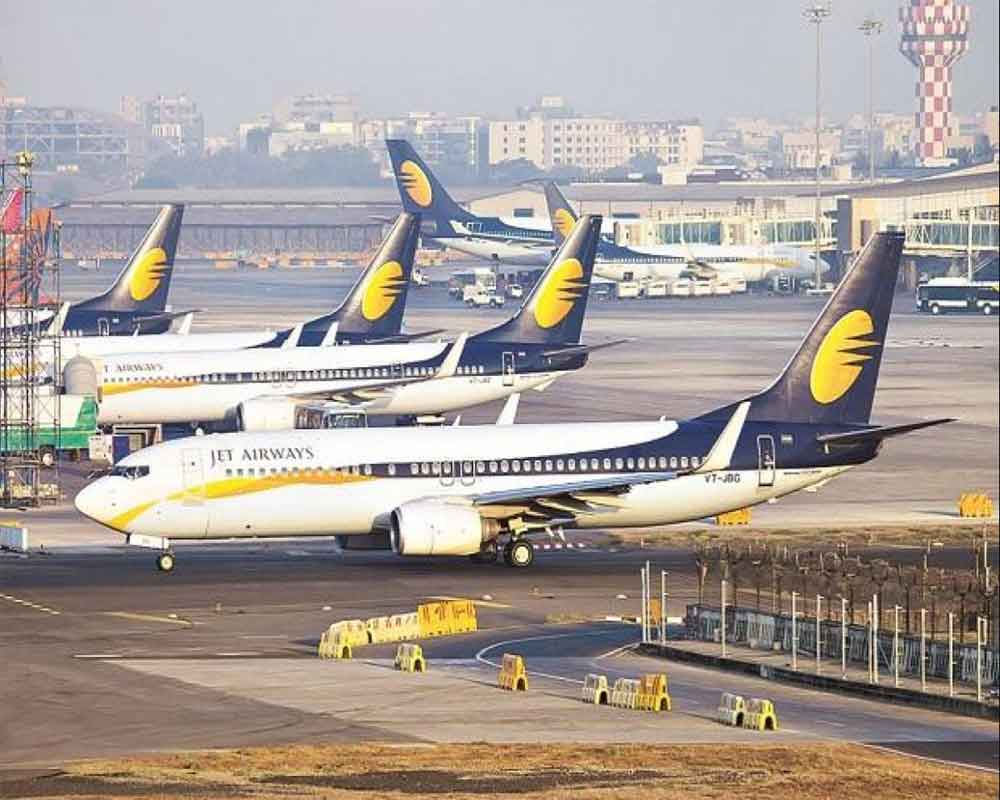 Jet Airways shares continue to fall for 3rd day; tank nearly 7 pc