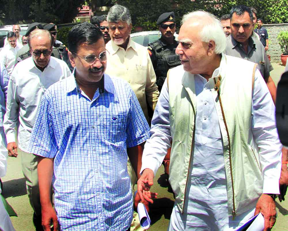 Kejriwal: AAP will do anything to save country from Modi-Shah