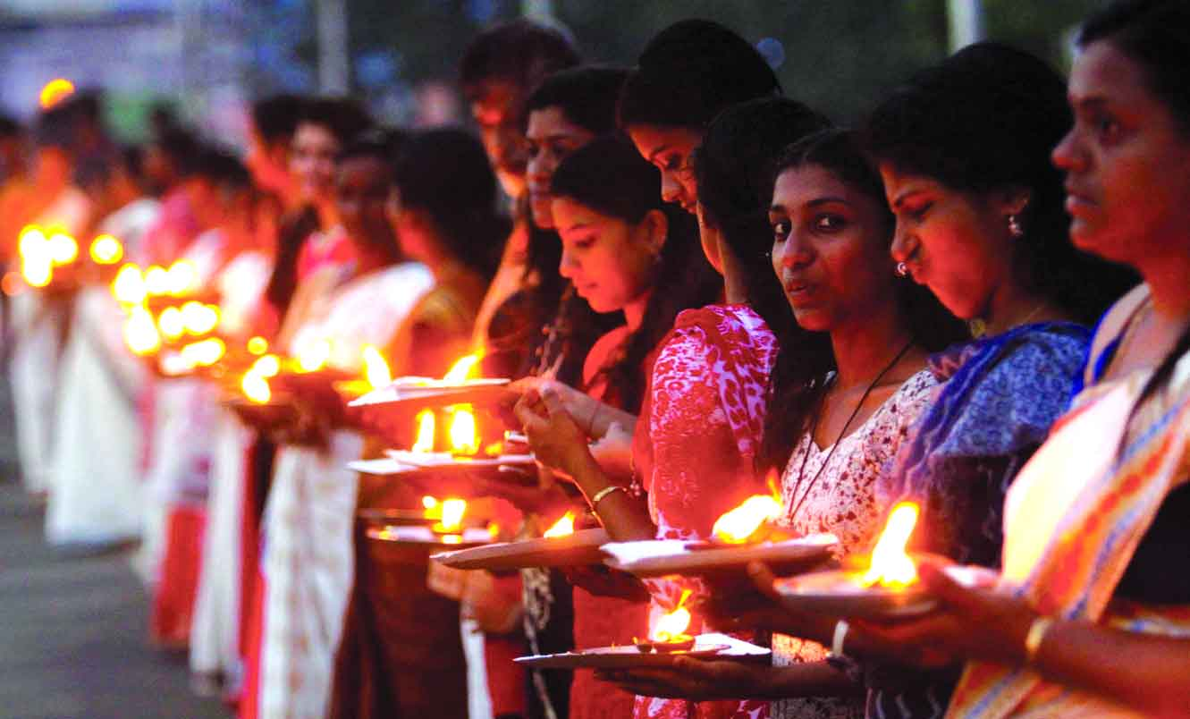 Kerala Left plans to nail Right to Women's Wall