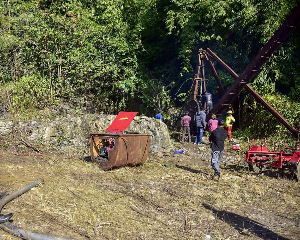 Navy has deployed 5 remotely-operated vehicles to rescue trapped miners: Meghalaya to SC