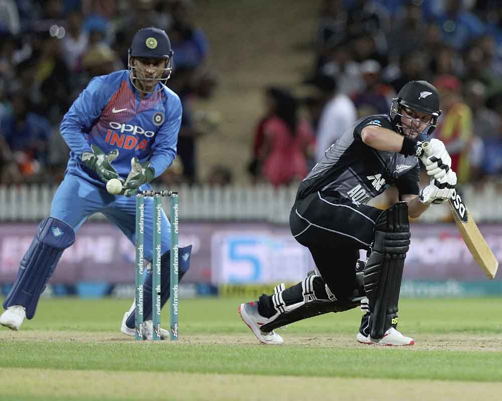 NZ set India 213 to win 3rd T20 International and series
