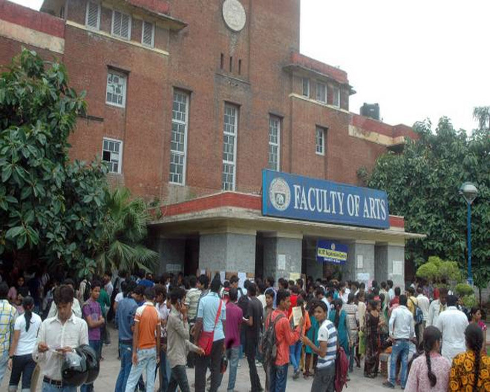 Over 2,750 admissions in DU on first day